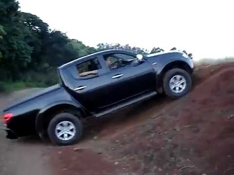 mitsubishi l200 4x4 3 2 cr automatica pick up youtube. Black Bedroom Furniture Sets. Home Design Ideas