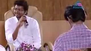 Ilayadhalapathy Vijay with Star Singers - Idea Star Singer Season 4