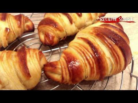 croissants-avec-pâte-feuilleté-levée-maison