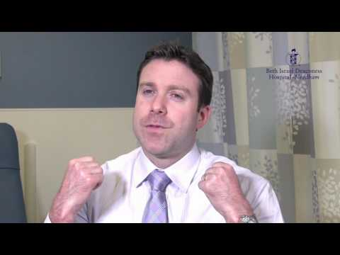 Medical Minute: Why Is Numbness/Tingling In My Hand Worse At Night?