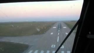 посадка самолета из кабины пилотов в аэропорту Днепропетровск