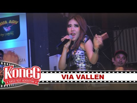 KONEG LIQUID feat Via Vallen -  All About That Bass [Cover] [Liquid Cafe]