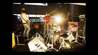 踊ってばかりの国 Sebulba/アタマカラダ Live@尚美学園大学20121019