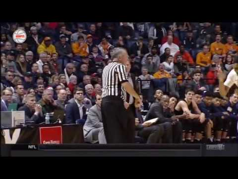 Mark Few gets Technical Foul