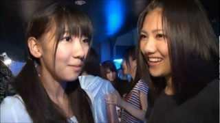 AKB48チームKの宮澤佐江ちゃんがチームBの柏木由紀ちゃんと仲良くしてい...