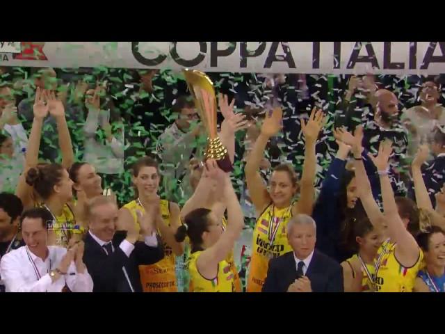 #videoemozioni. La palla che cade a terra... il resto è storia. #CoppaItalia