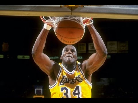 8e96b56136fb HD Nick Van Exel alley-oop pass to Shaquille O neal - YouTube