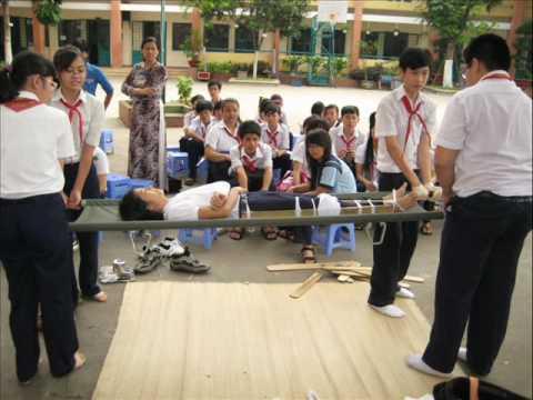 """Hội thi """"Sơ cấp cứu 2010"""" cấp trường - THCS Đặng Trần Côn"""