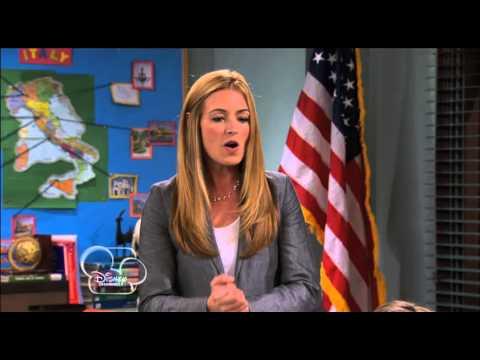 Shake It Up - Guest Star: Cat Deeley
