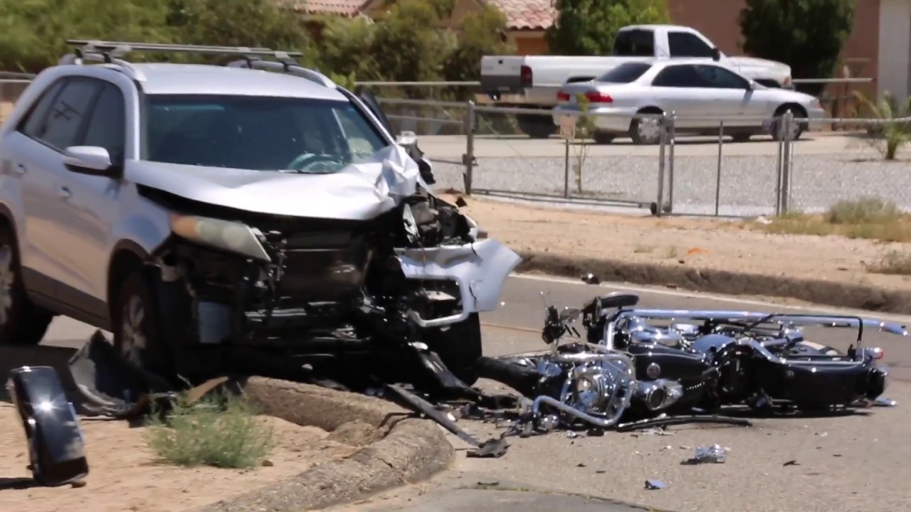 Motorcycle rider critically injured after crashing into SUV in Hesperia
