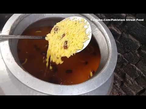 Cooking Sweet Dish   mutanjan Zarda    Sweet Rice   Street Food of Pakistan