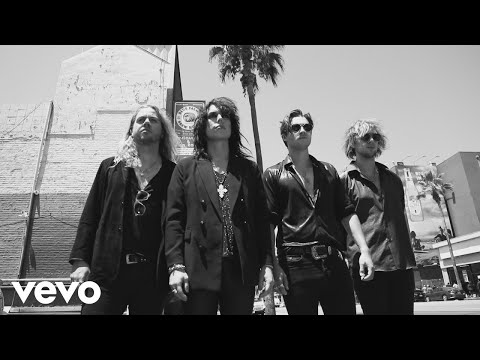 The Struts, Robbie Williams - Strange Days feat. Robbie Williams (Official Video)