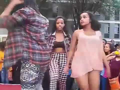 Ethiopian high school students twerking and daggering thumbnail