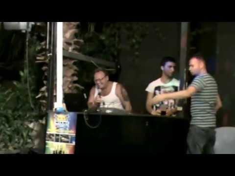 Dirk Karaoke