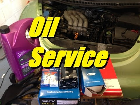 HOW TO 20 VW Service - Oil and filter change - YouTube