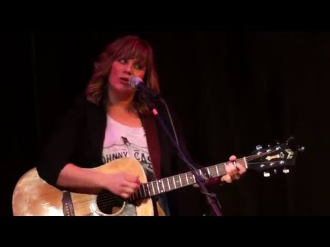 'Wheat Fields' by Vicky Emerson with Matt Patrick (live at WideSpot) Mp3