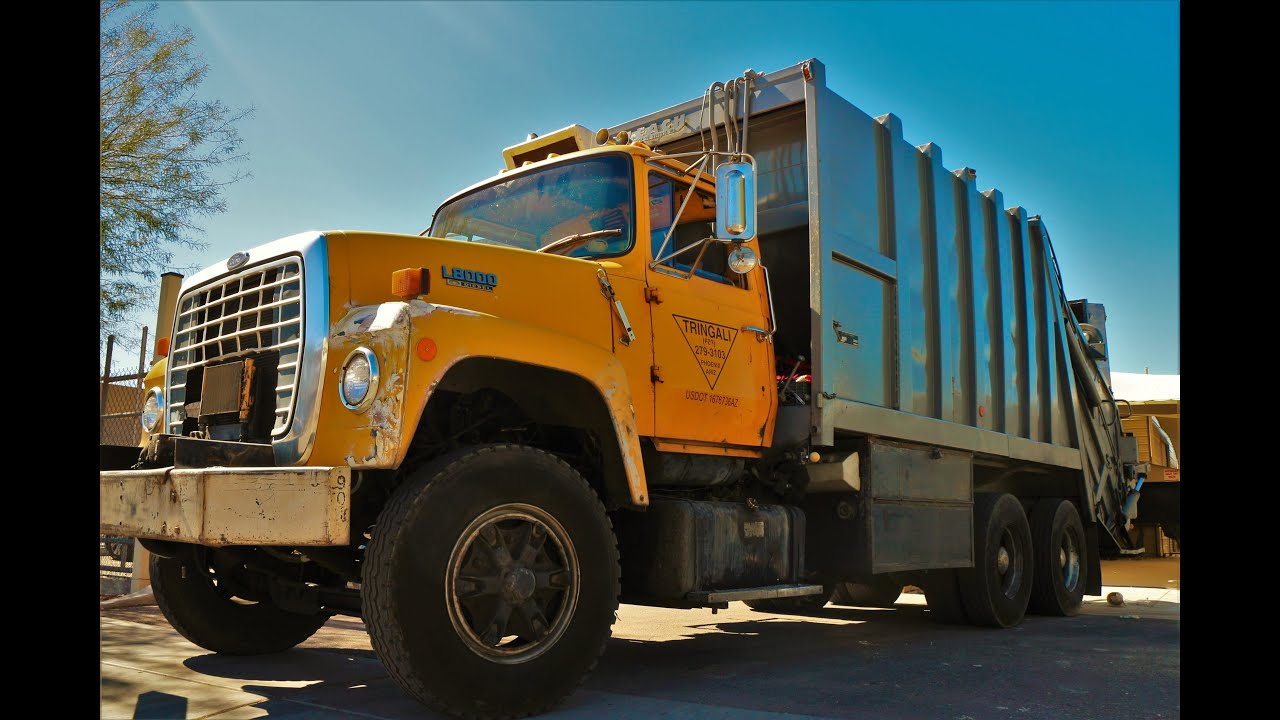 1987 ford l8000 leach 2rii packmaster youtube rh youtube com Ford L8000 Truck Potato Truck Ford L8000 Parts Catalog