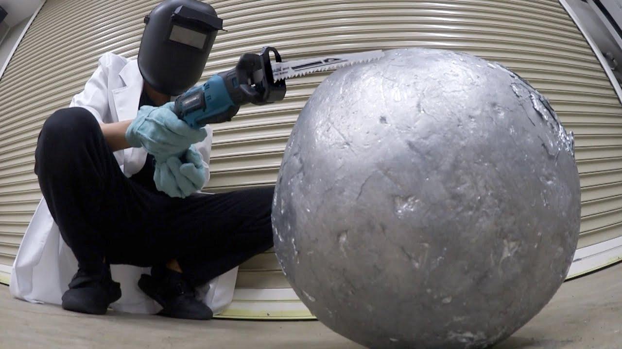 【12Kg】巨大なアルミ玉の断面ってどうなってるの?切断します。