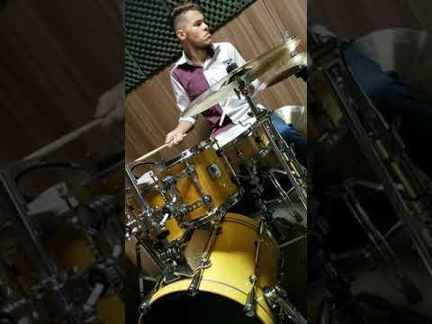Como Tocar Bateria - Marcos Oliveira - Cotton Tail - Duke Ellington