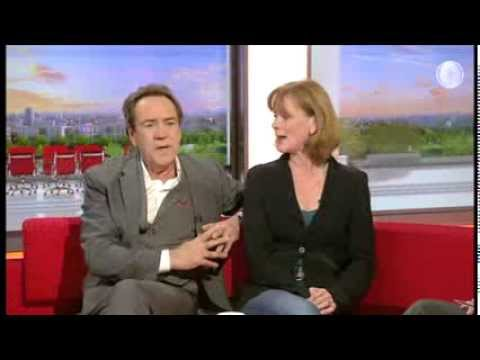 Dirty Rotten Scoundrels   BBC Breakfast   Robert Lindsay & Samantha Bond