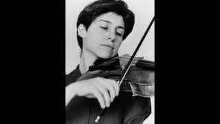 Kim Kashkashian plays Brahms Viola Sonata No. 2: III. Andante con moto; Allegro