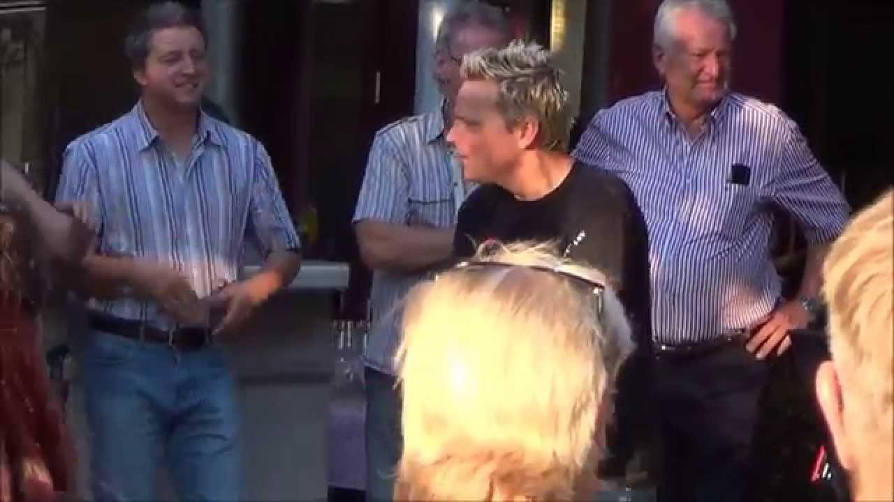 Mirko Bäumer singt von Queen - Crazy little thing called love