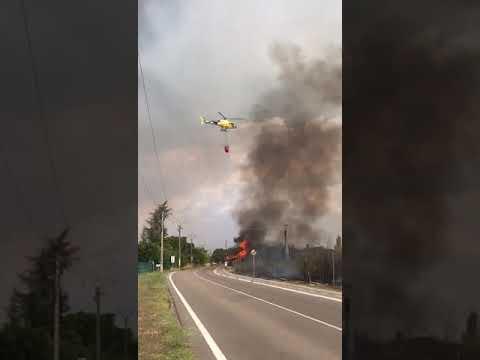 Trabajos de extinción del incendio de Entrepinos