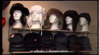 видео Шарфы и шапки осень-зима 2013-2014 в моде мех и трикотаж