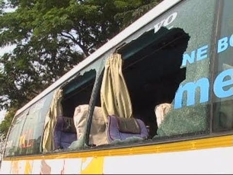 Accident Of Luxury Bus On Banglore To Hyderabad Road Due To Negligence Of Driver