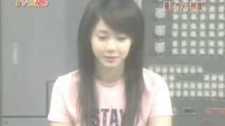 小香又一 cute video, interview 時比人整古, (佢又sell 自己的耳仔, ha...