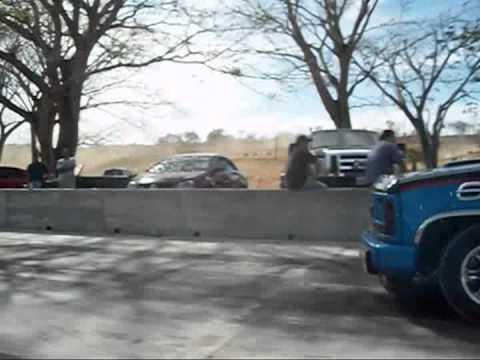 Mustang GT Caballo Blanco VS Chevrolet 350