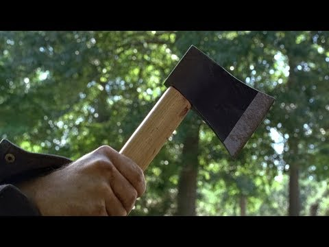 TWD S7E1 - Negan forces Rick to almost chop Carl's arm off