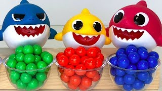 Learn Colors Baby Shark Family Toys Transform into different Colors!  for Kids
