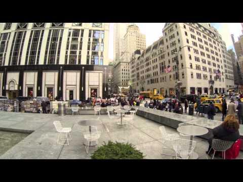 GoPro HD: Manhattan Holiday Crowd