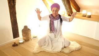 Surya Yoga & Ayurveda - Alice Pedemonte - Kundalini Yoga Meditation to unlock the Heart Center