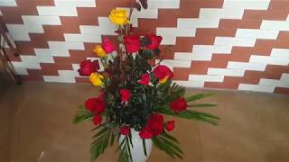 cách cắm hoa hồng xung quanh đẹp.