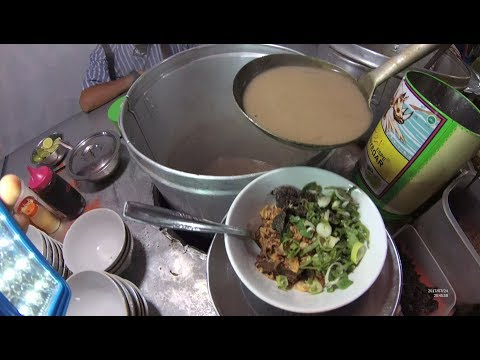 Indonesia Makassar Street Food 2169 Part.1 Khaki Limata  Coto Makassar Datu Museng YDXJ0425