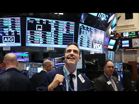 Dow Jones Industrial Average Tops 21,000 for First Time