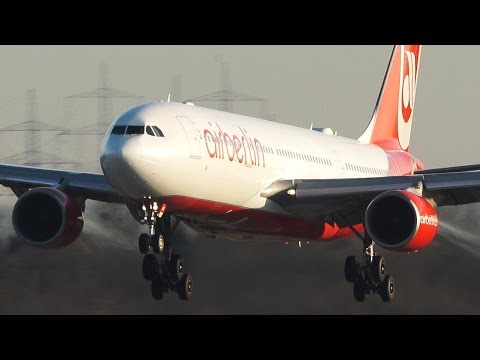 Incredible AIRBUS A330 flying sidewards - Crosswind effect + Airbus 330 MIX