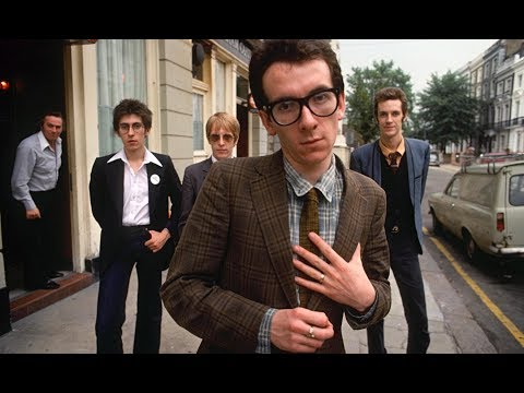 Elvis Costello and the Attractions - I Can't Stand Up For Falling Down mp3