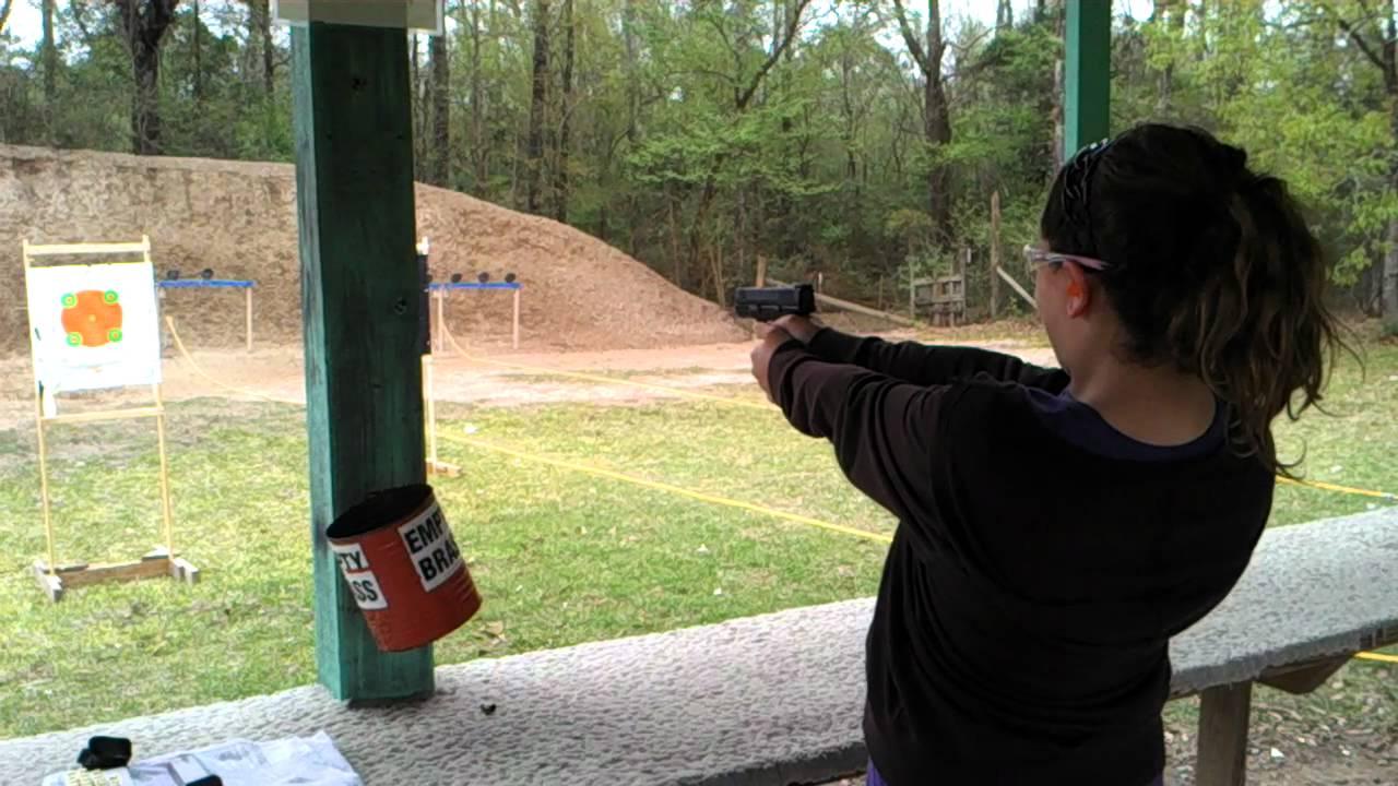 Ravae shooting a springfield xdm40 3 8 honey island for Honey island shooting range