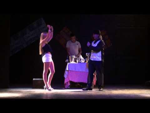 Amwaj Blue Beach Resort & Spa - July 2014 - Magic Show