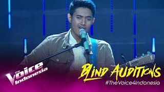 Gus Agung - Yellow | Blind Auditions | The Voice Indonesia GTV 2019