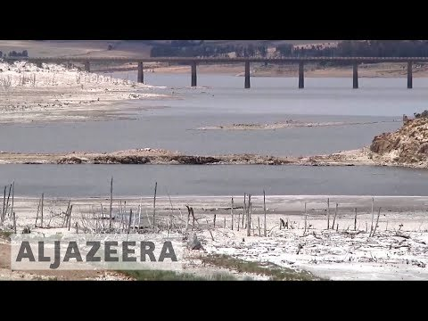 🇿🇦 Cape Town residents blame government for record water crisis
