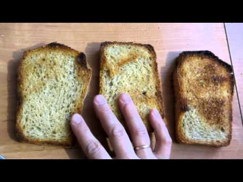 Семья Бровченко. Как сделать гренки с чесноком не жаря хлеб (или тосты без тостера).