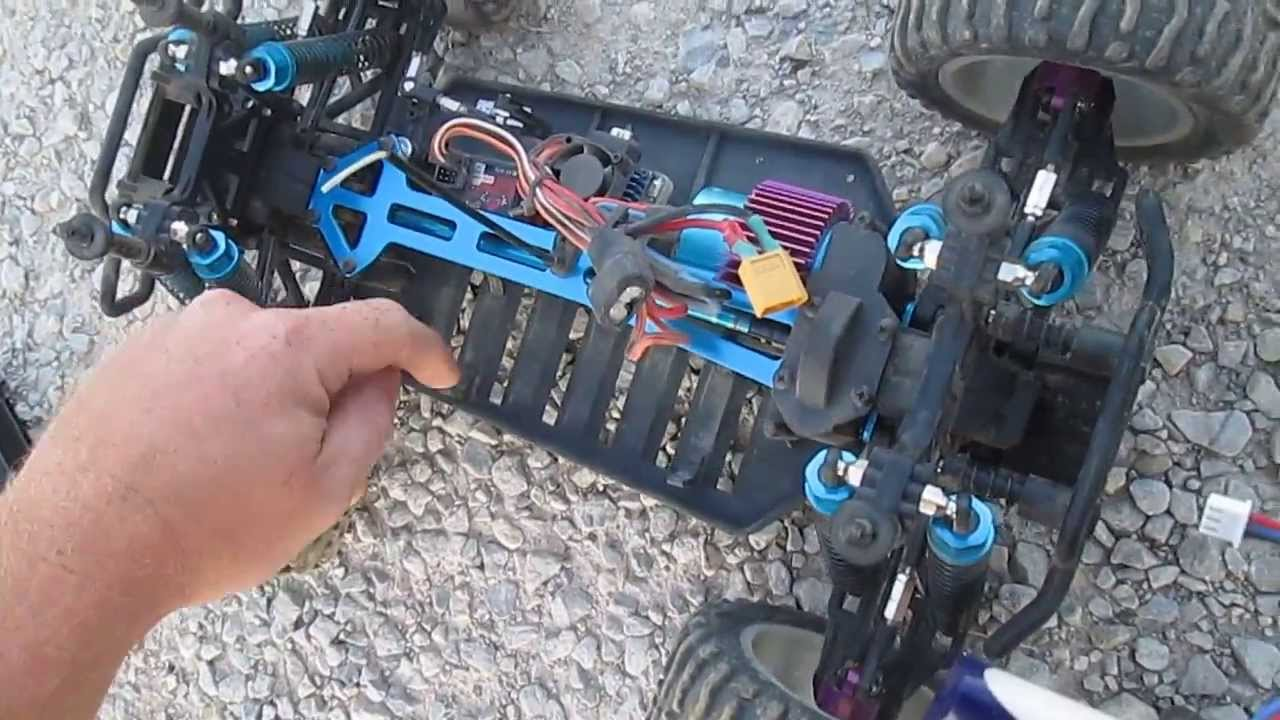 How To Remove A Car Battery >> Redcat Volcano EPX Pro Brushless ** LIPO POWERED** - YouTube