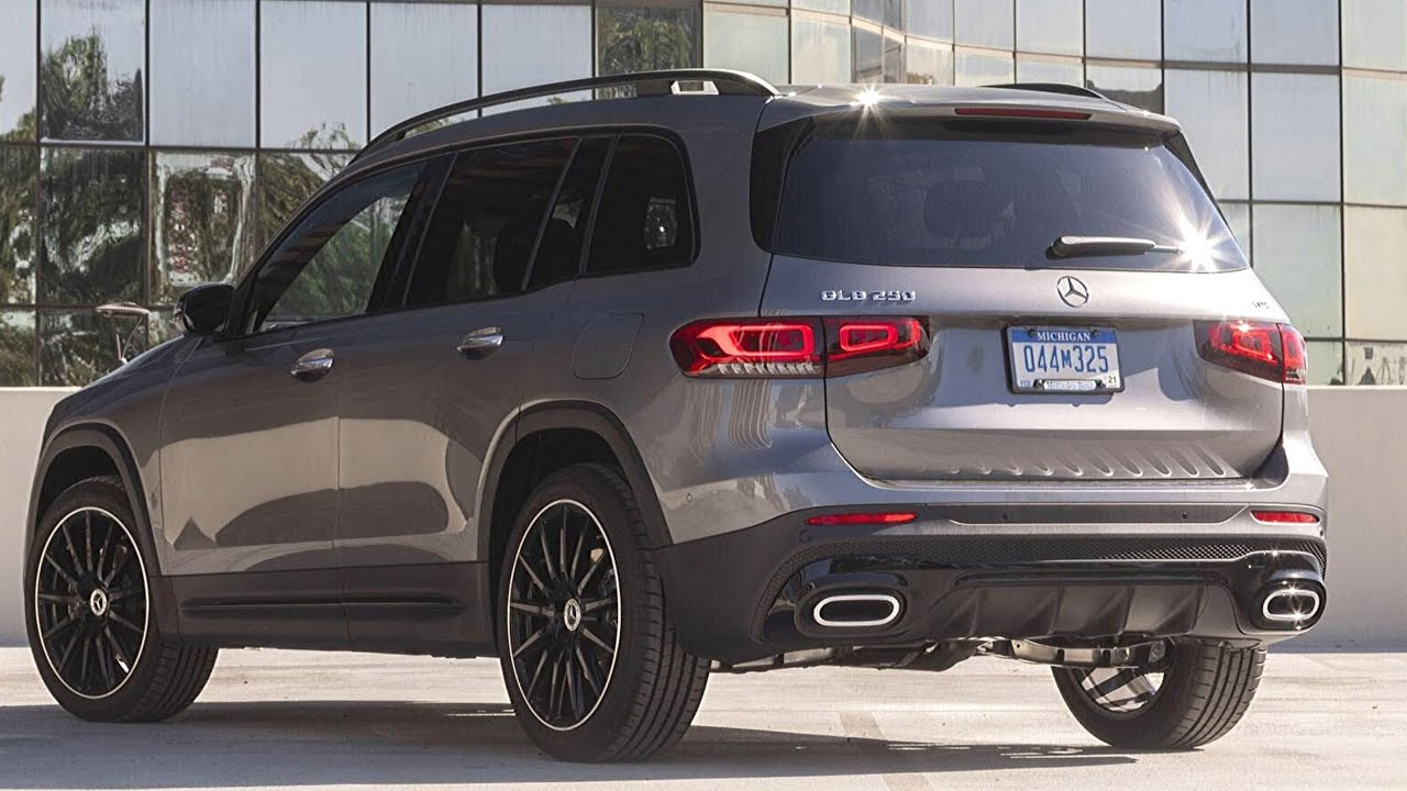 New 2020 Mercedes GLB 250 - The Boxy SUV - Exterior and ...