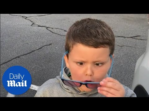 Boy sees colour for the first time - Daily Mail