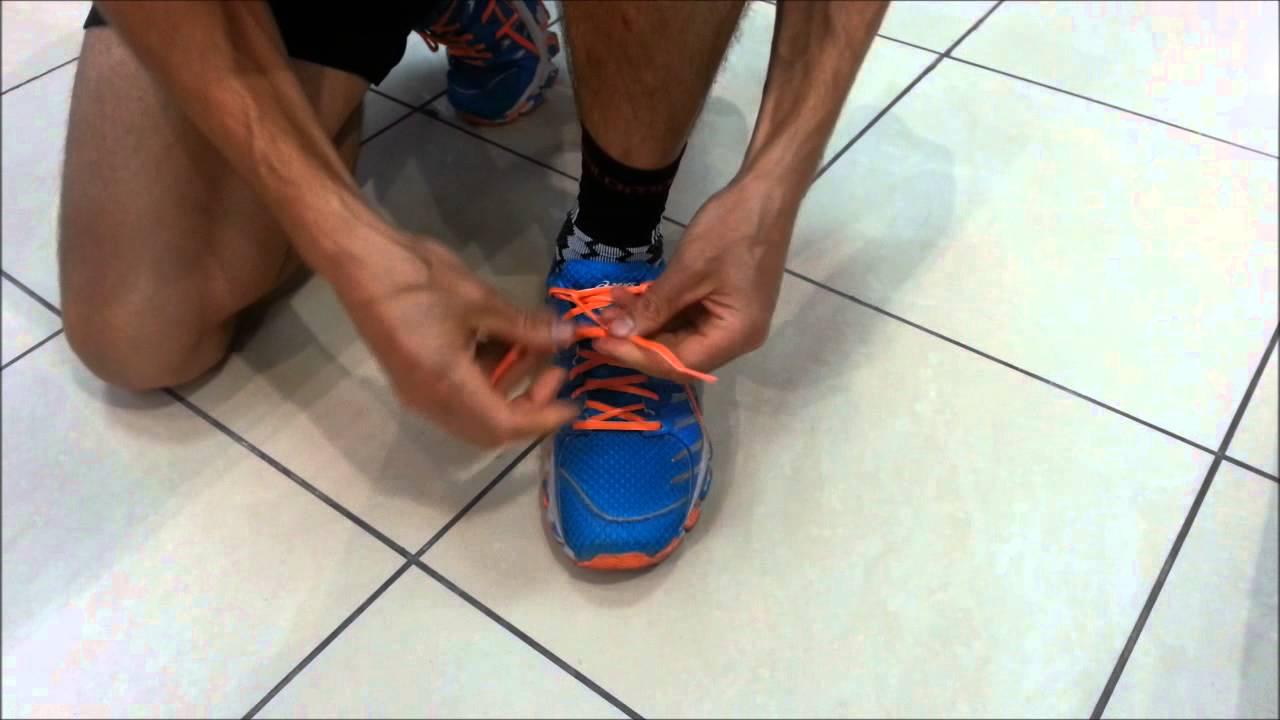 1c3508b5 Как правильно завязывать шнурки на беговых кроссовках - YouTube