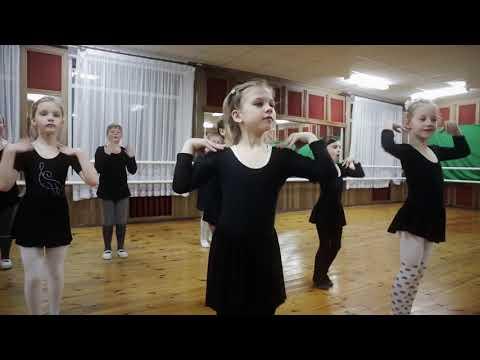 Повар Булочка Танцы для детей